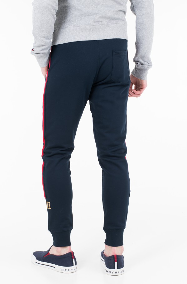 ICON GLOBAL STRIPE SWEATPANTS-hover
