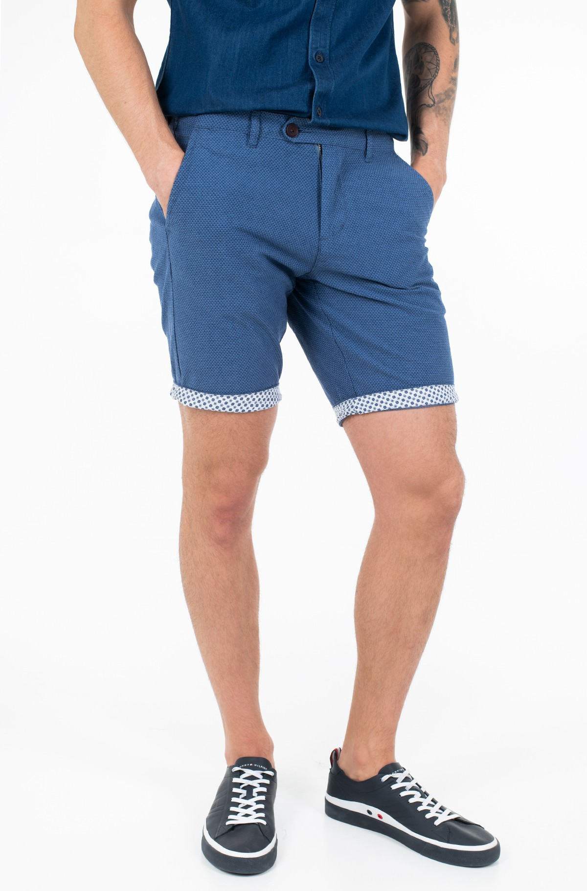 Shorts 8440167-full-1