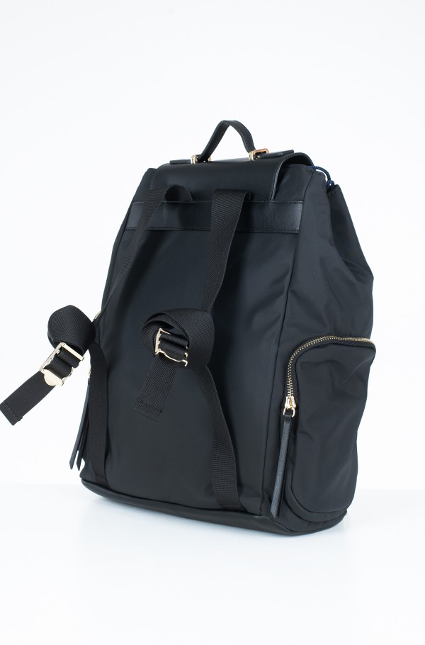 CORE NYLON BACKPACK-hover