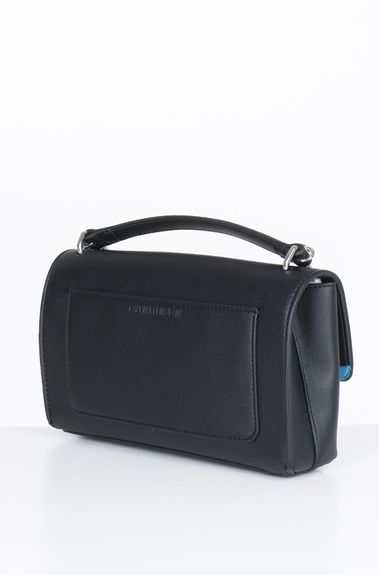 3066fc27f6 black Shoulder bag SCULPTED MONOGRAM E/W FLAP Calvin Klein, Womens ...