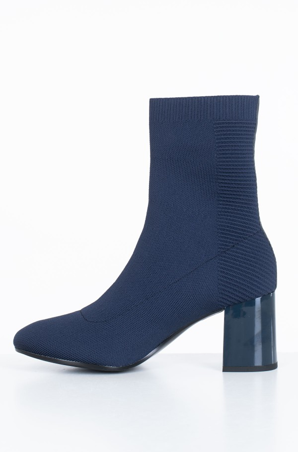 KNITTED HEELED BOOT-hover