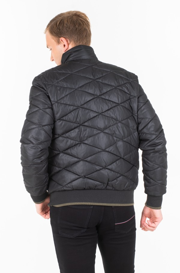 QUILTED STAND UP COLLAR JACKET-hover