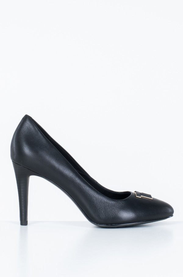 ESSENTIAL LEATHER PUMP