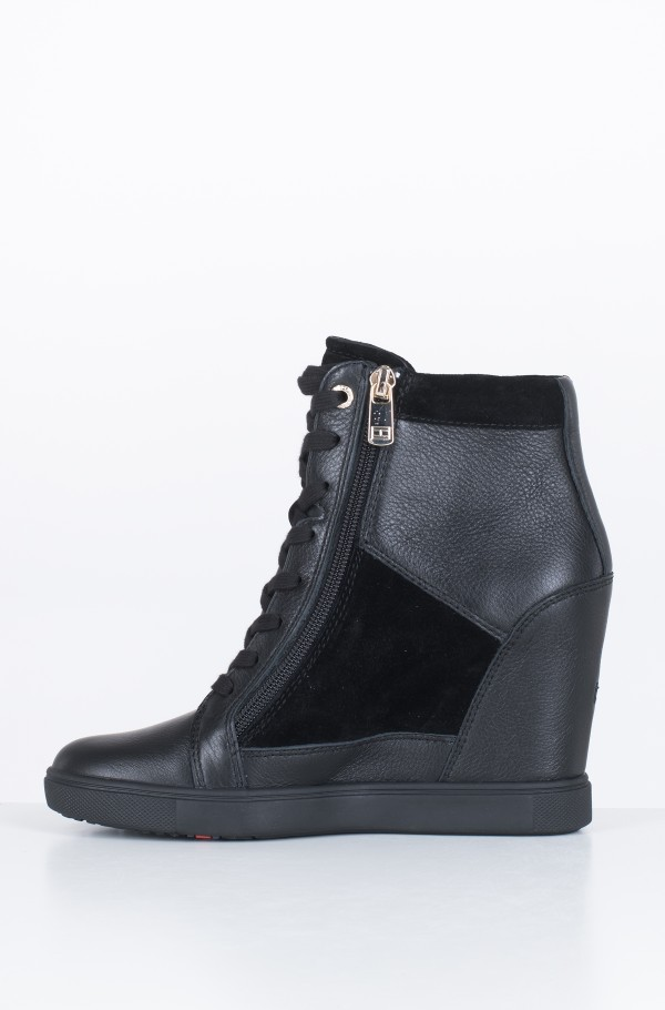 TH HARDWARE SNEAKER WEDGE-hover
