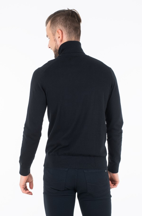 TURTLE NECK SWEATER-hover