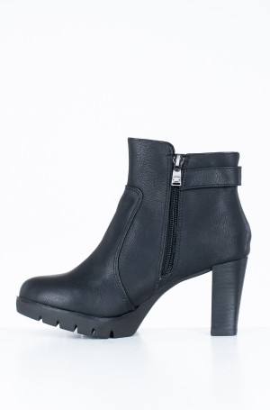 Boots 7991708-2