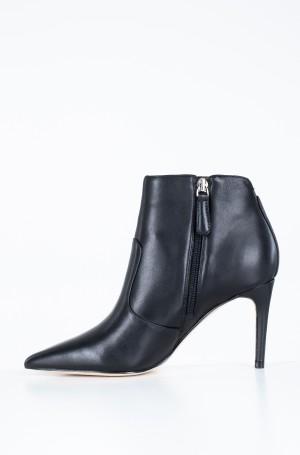 Boots FL8BYR LEA10-3