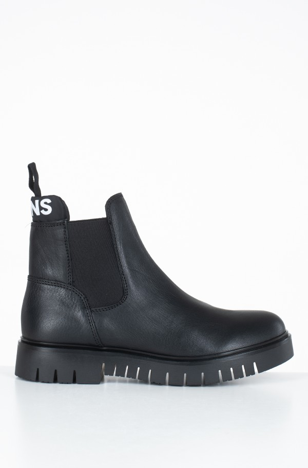 PADDED TONGUE CHELSEA BOOT