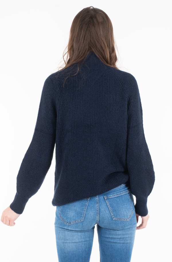 TJW LOFTY TURTLE NECK SWEATER-hover