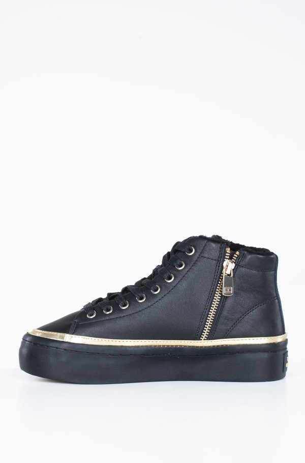 MIDCUT COSY LEATHER SNEAKER-hover