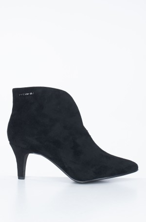 Boots 7995402-1