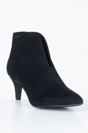 Boots 7995402-2