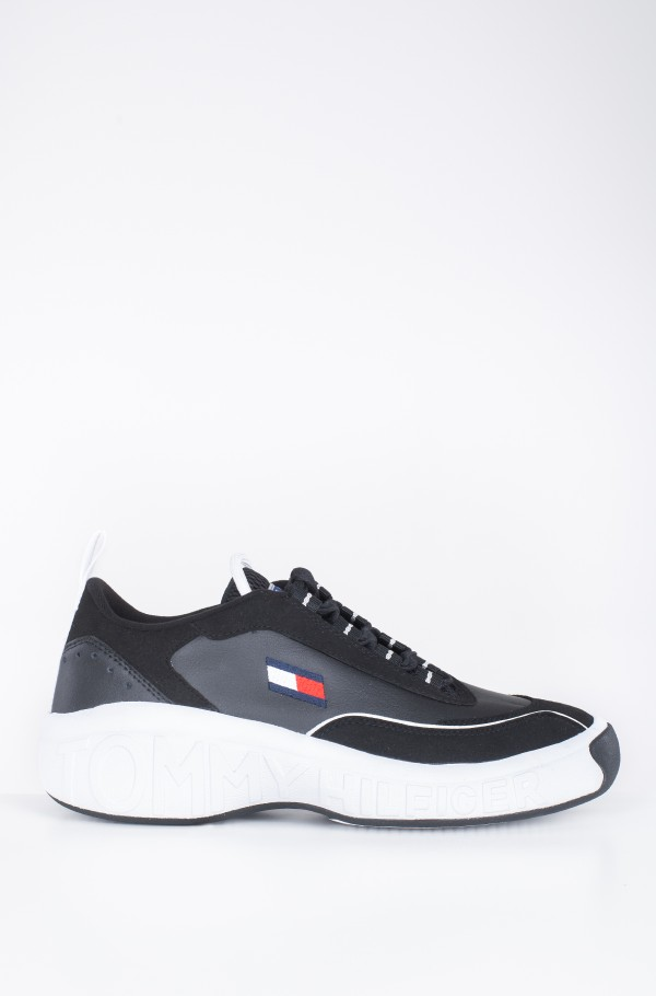 HERITAGE LOW CUT ICON SNEAKER