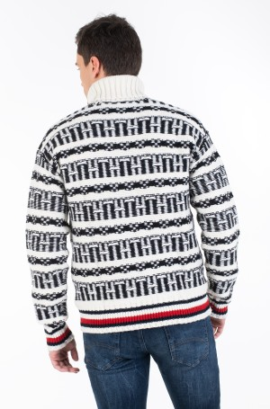 Kudum OVERSIZED FAIRISLE ROLL NECK-3