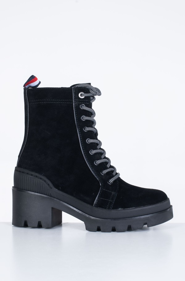 SPORTY CHUNKY LACE UP BOOTIE