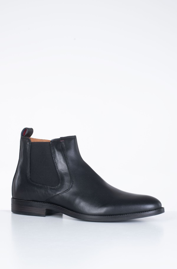 ESSENTIAL LEATHER CHELSEA BOOT-hover