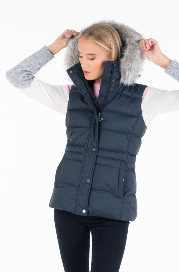 NEW TYRA DOWN VEST