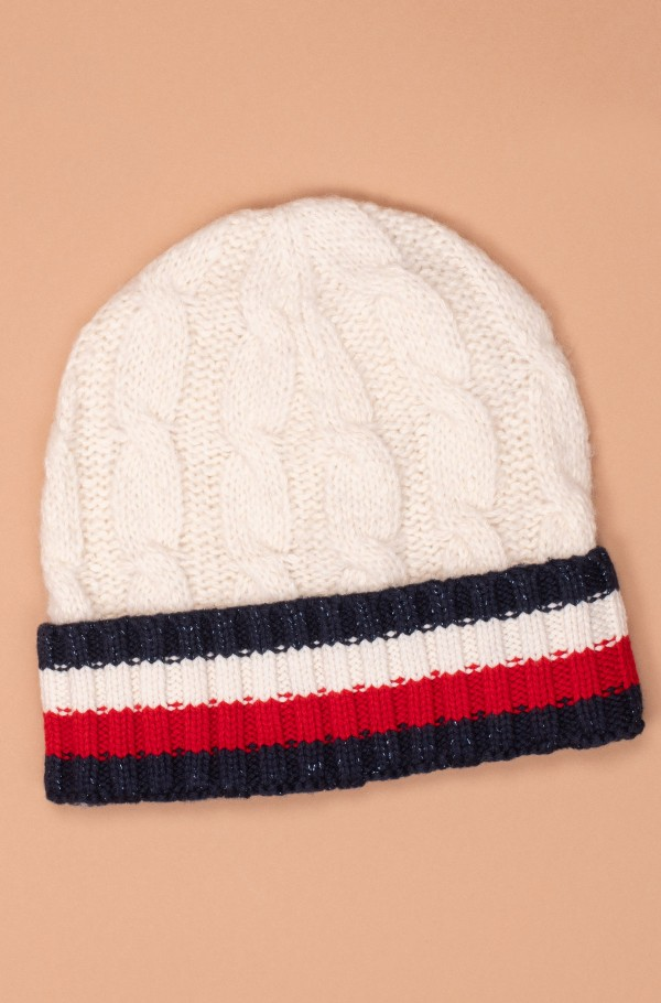 CABLE KNIT BEANIE-hover