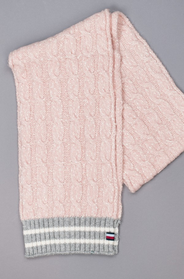 CABLE KNIT SCARF-hover