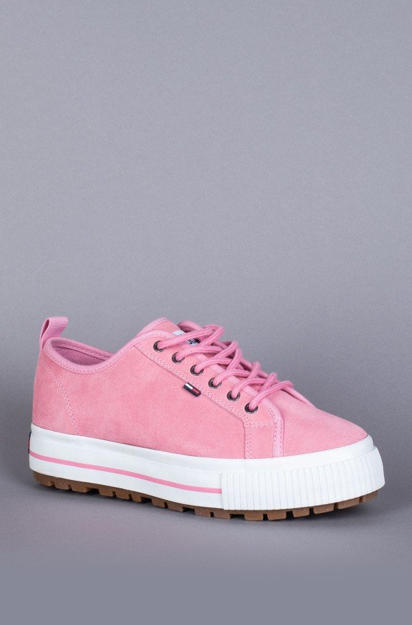 WMNS CLEATED CITY SNEAKER-hover