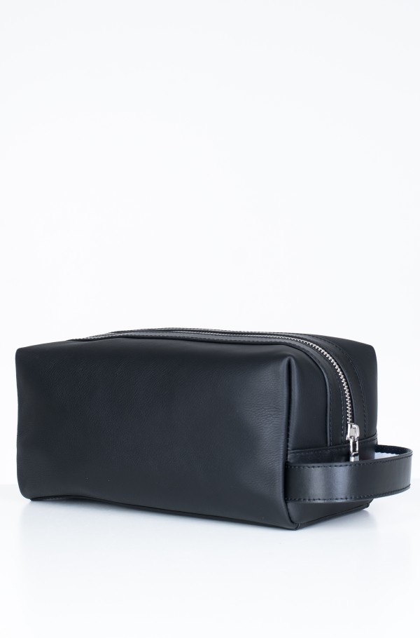 LEATHER WASHBAG-hover