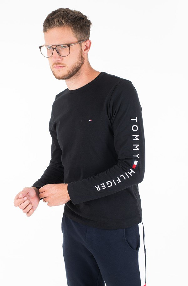 TOMMY LOGO LONG SLEEVE TEE-hover