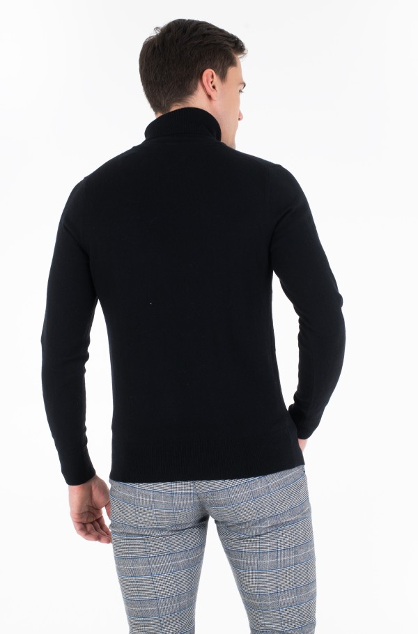 LUXURY TOUCH ROLL NECK-hover