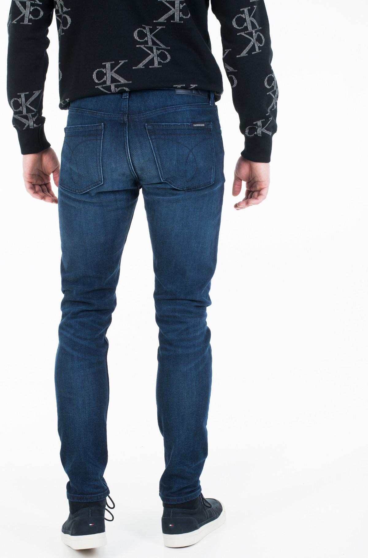 Jeans CKJ 058 SLIM TAPER J30J313941-full-2