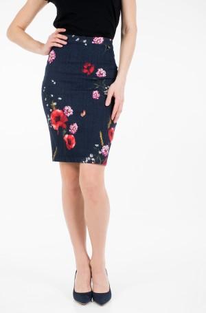 Skirt Age03-1