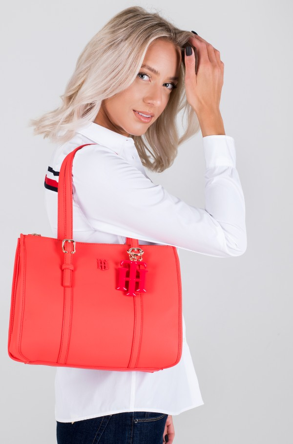TH CHIC SMALL SATCHEL-hover