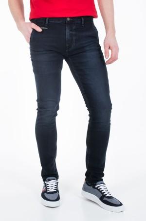 Jeans M01A81 D3YI1-1