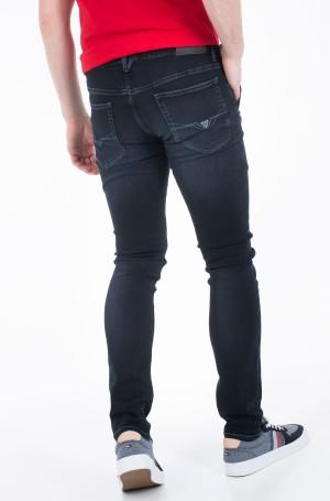 Jeans M01A81 D3YI1-2