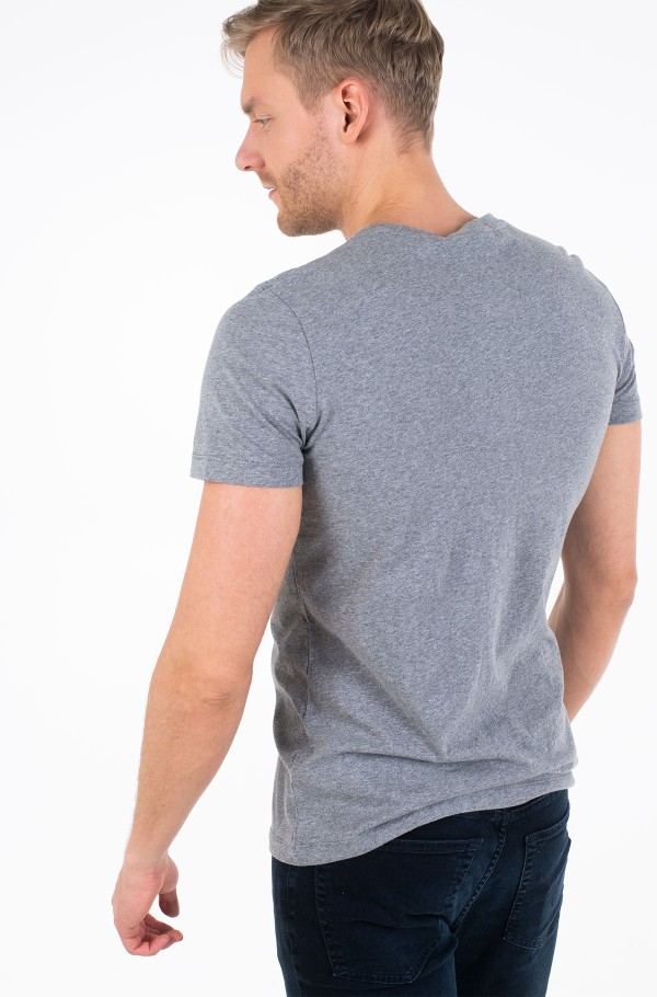 CHEST INSTITUTIONAL SLIM SS TEE-hover