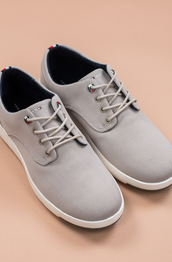 LIGHTWEIGHT TEXTILE LACE UP SHOE
