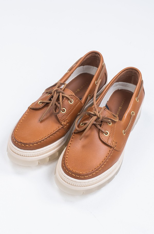 SPORTY TOMMY BOAT SHOE