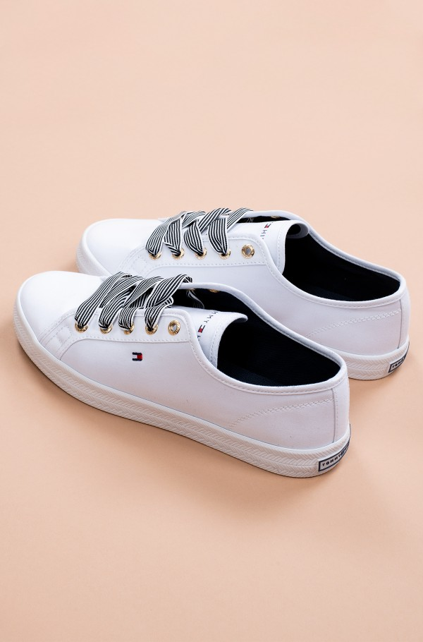 ESSENTIAL NAUTICAL SNEAKER-hover