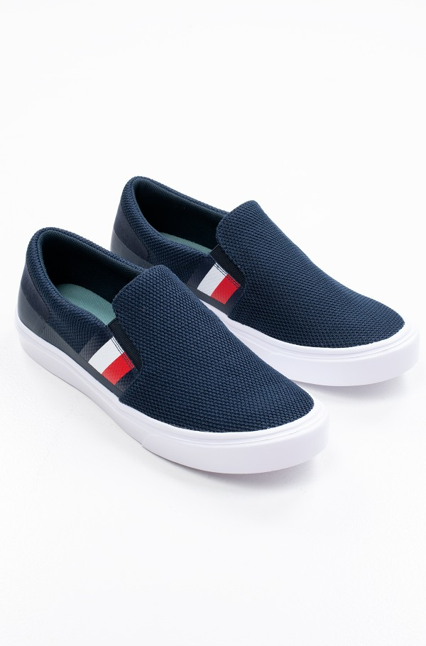 LIGHTWEIGHT STRIPES KNIT SLIP ON-hover