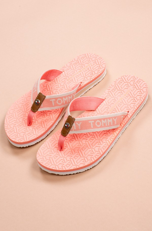 TH EMBOSSED FLAT BEACH SANDAL-hover