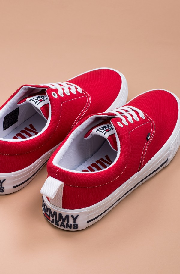 CLASSIC LOW TOMMY JEANS SNEAKER-hover
