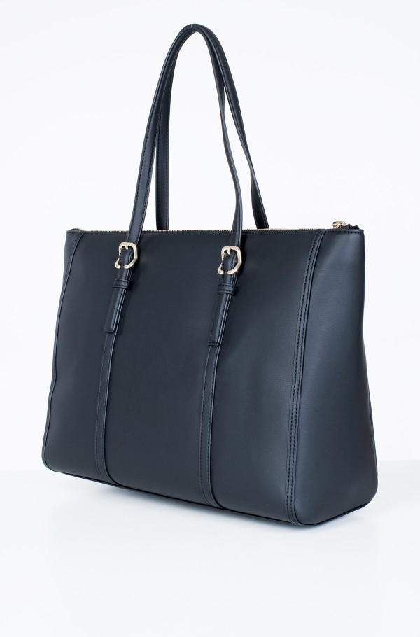 TH CHIC TOTE-hover