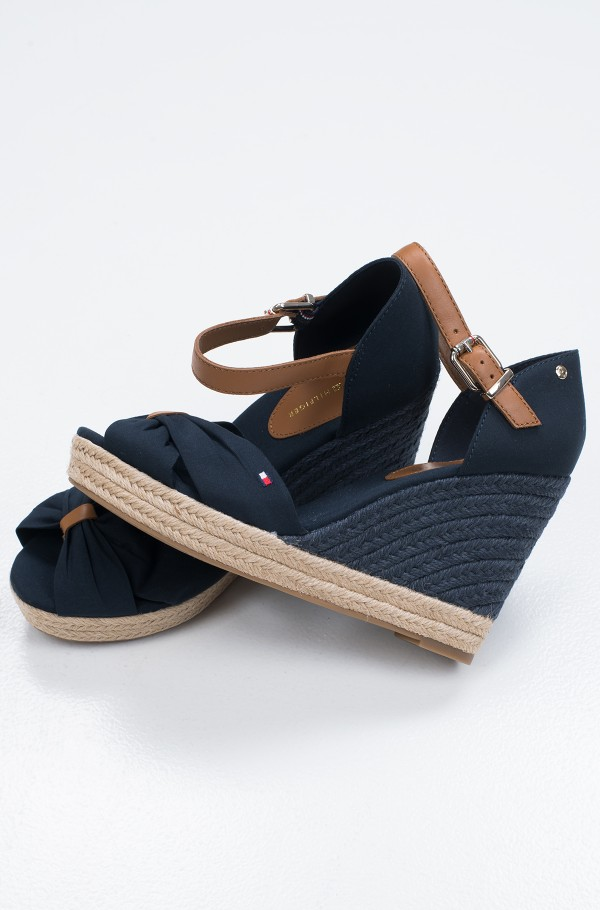 BASIC OPEN TOE HIGH WEDGE