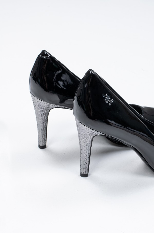 ELEVATED PATENT HIGH PUMP-hover