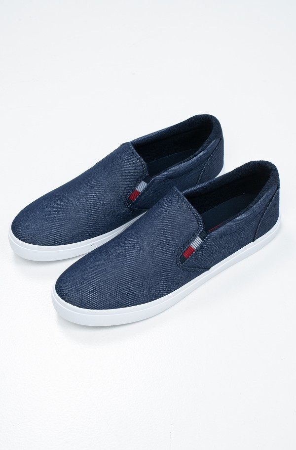 ESSENTIAL SLIP ON SNEAKER DENIM