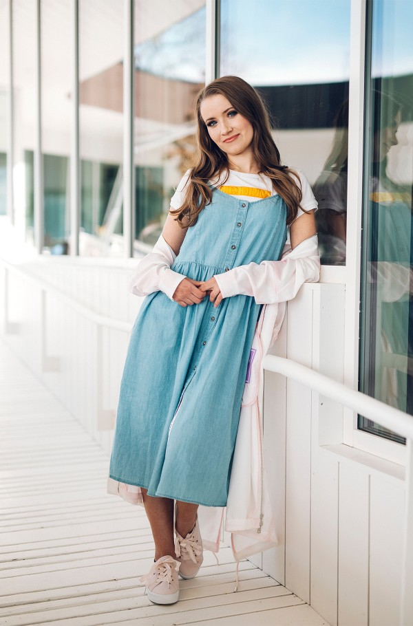 TJW CHAMBRAY STRAP DRESS