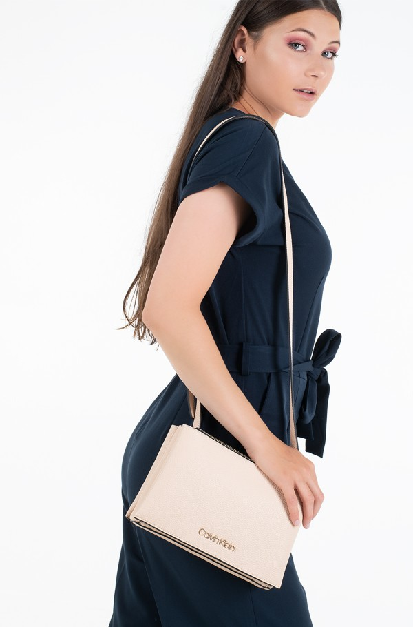 SIDED TRIO CROSSBODY