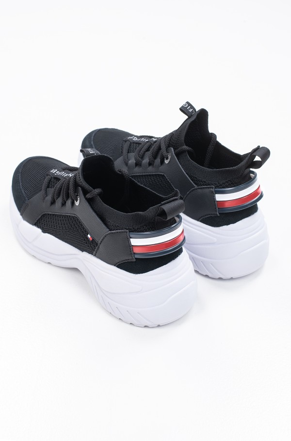 NEW CHUNKY TOMMY SNEAKER-hover