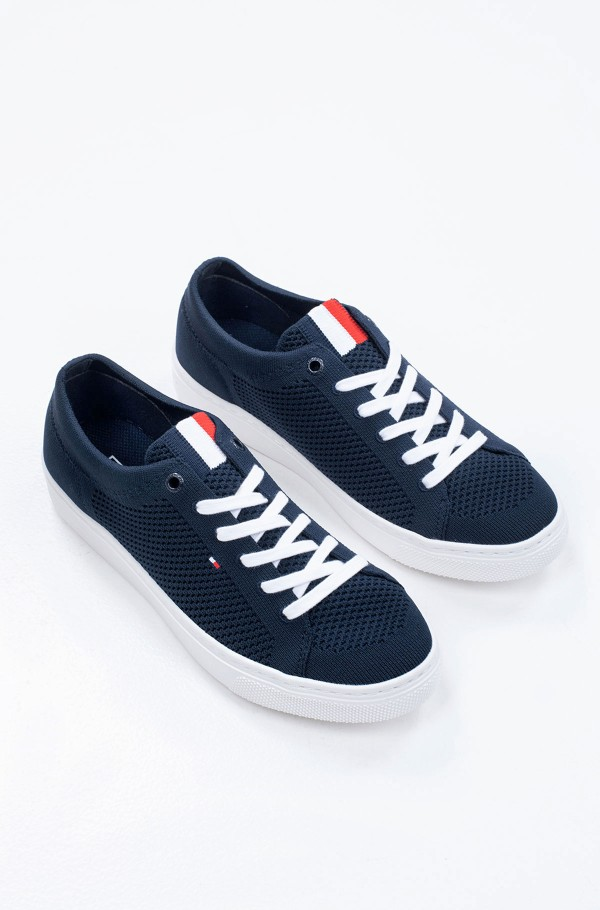 LIGHTWEGHT CASUAL SNEAKER