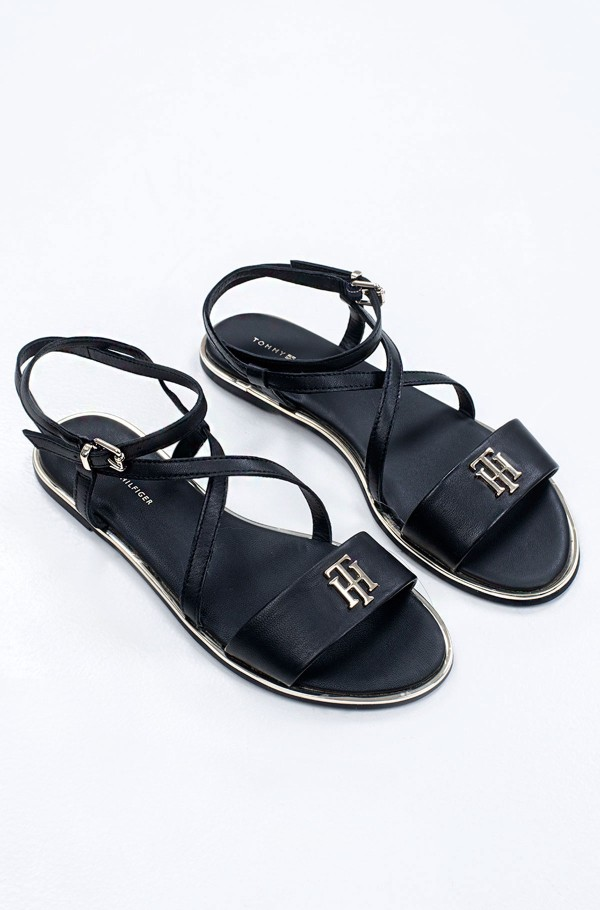 TH HARDWARE FLAT SANDAL