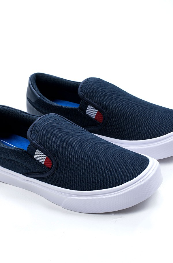 LIGHTWEIGHT KNIT SNEAKER SLIP ON-hover