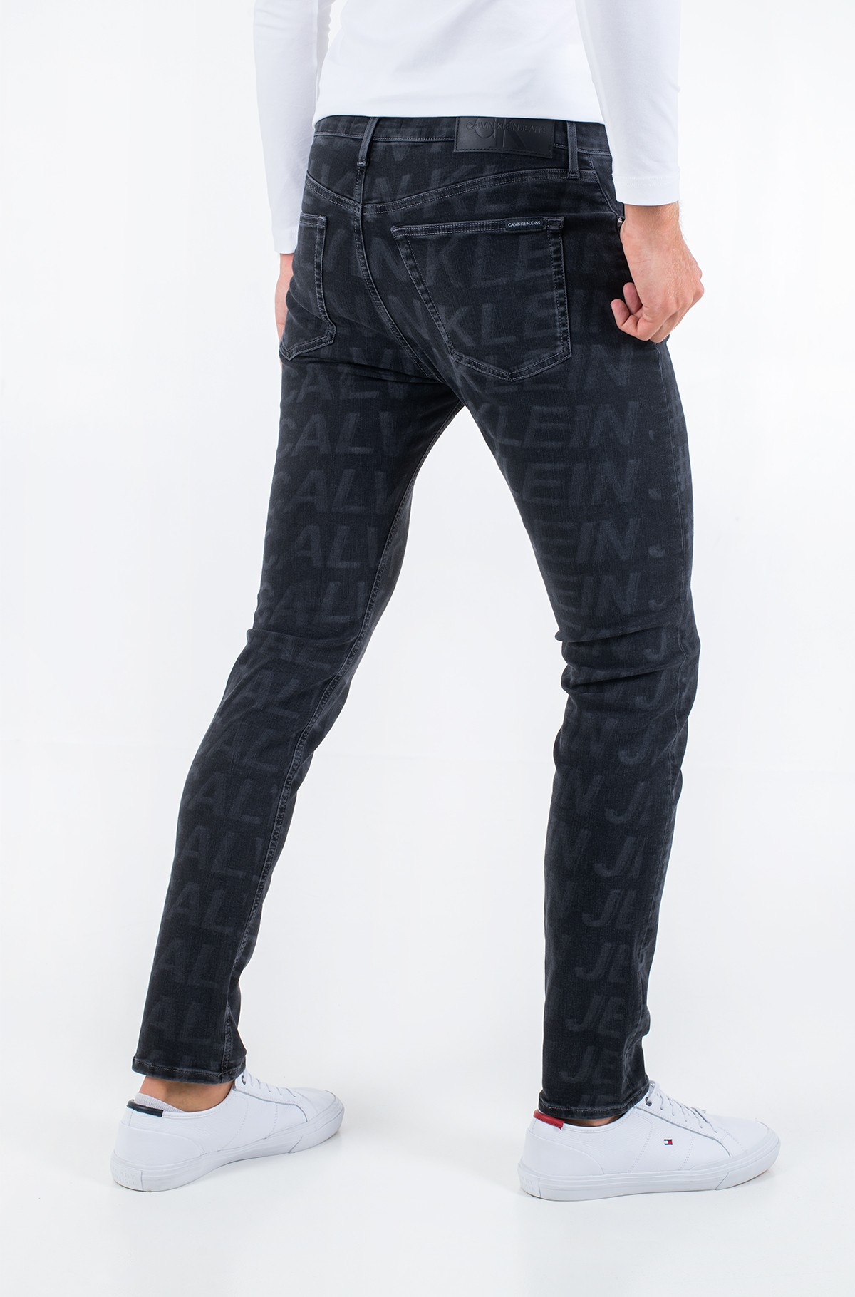 Jeans CKJ 058 SLIM TAPER J30J314954-full-3
